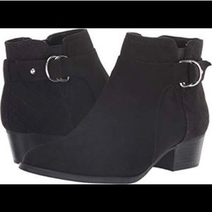 Unisa suede black ankle boots